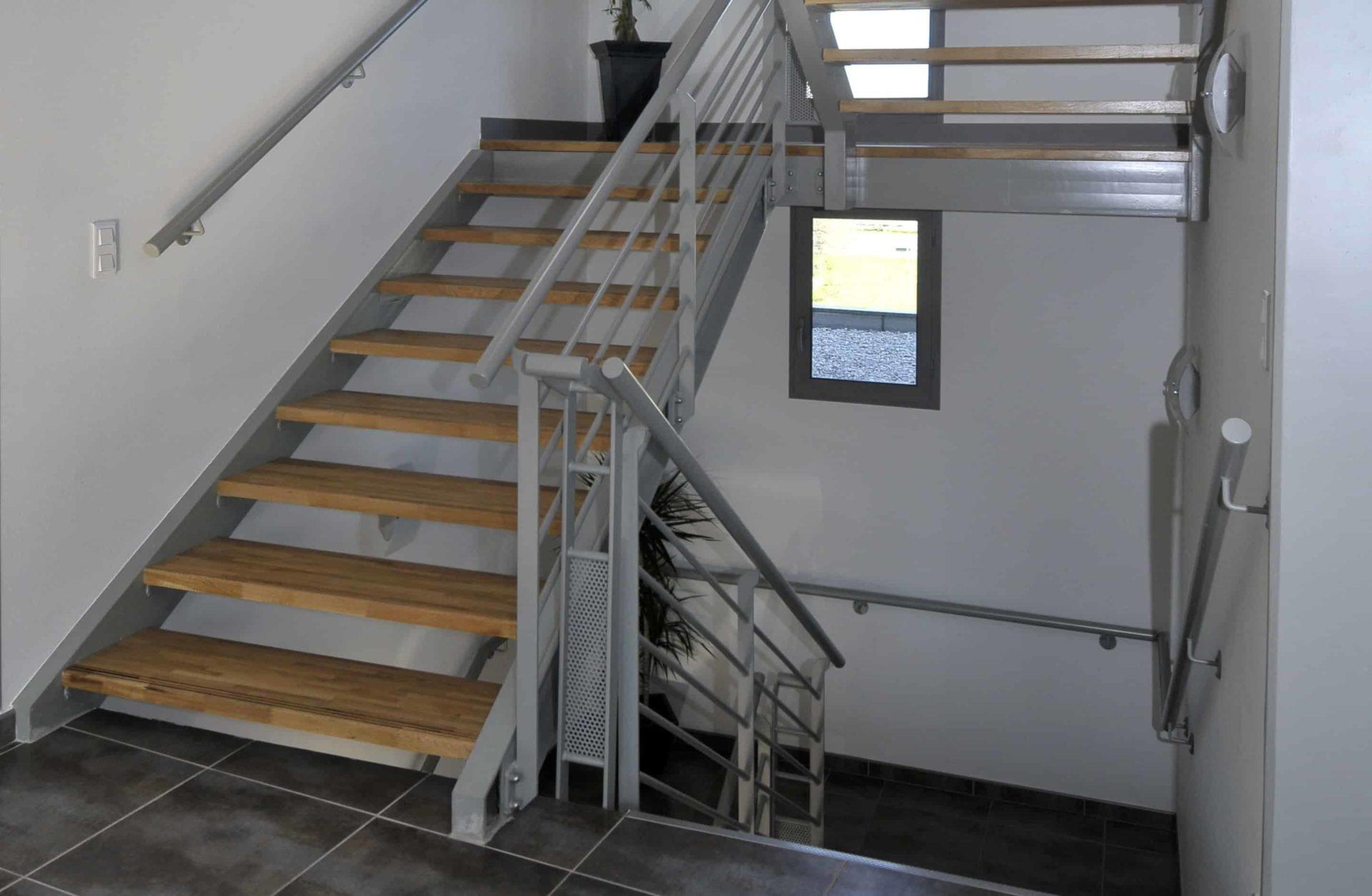 Garde corps en aluminium pour escalier