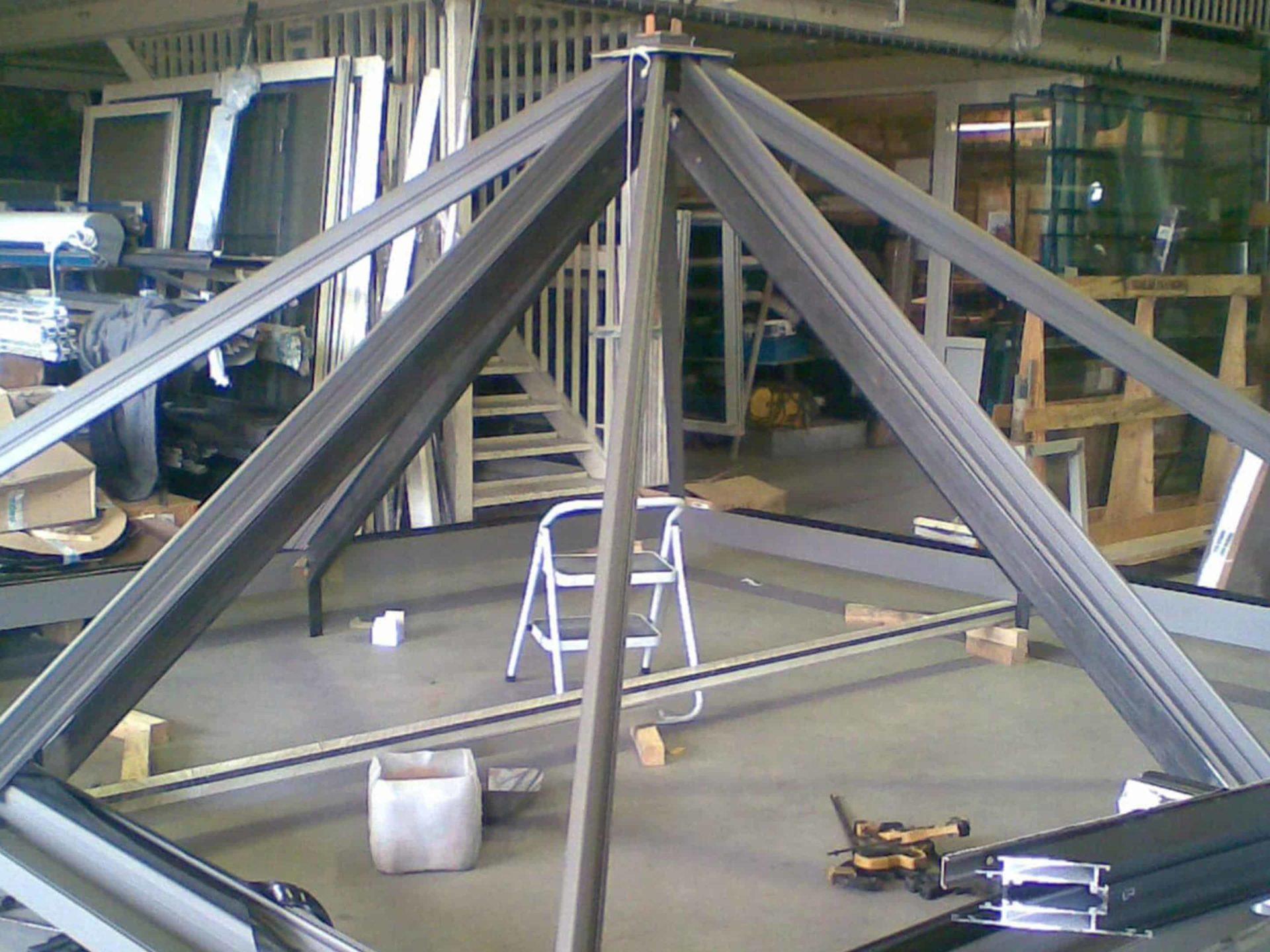 Réalisation d'une verrière dans nos ateliers catalver à sollies-pont